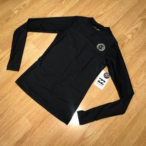 NWT Billabong rash-guard size XS